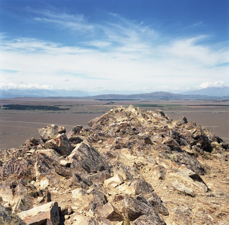 nz tekapo rocks south island003 800x786 Озера Текапо и Пукаки