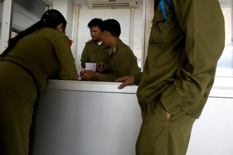 Офицеры на тайской границе