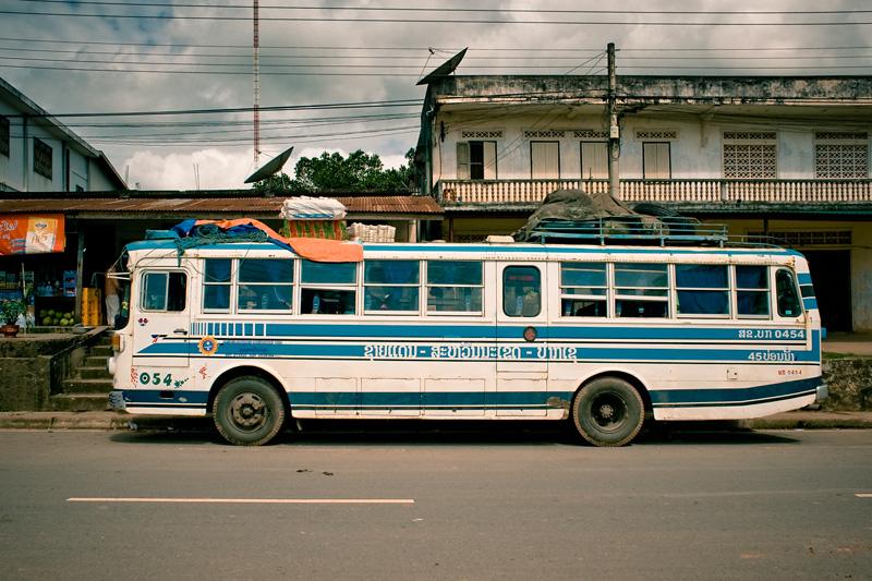Транс-лаосский автобус
