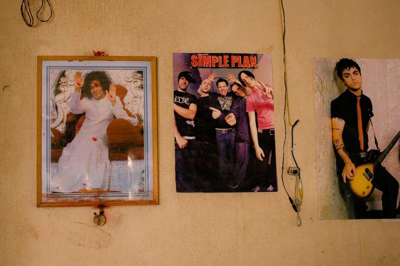 Постеры на стенах класса