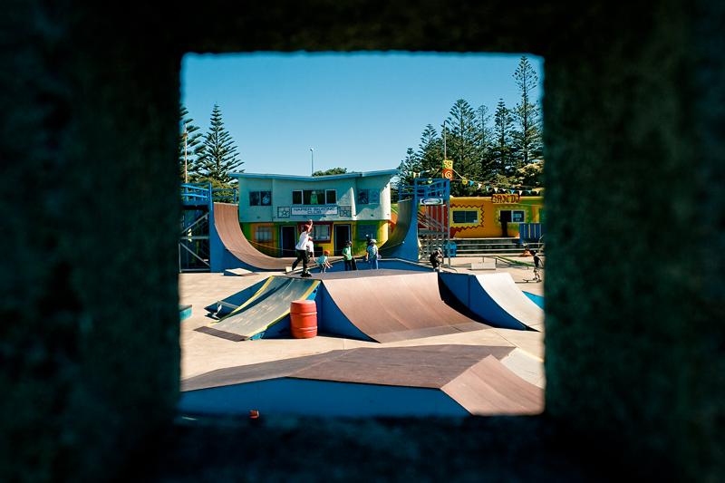 Площадка для занятий скейтбордом в Напьере